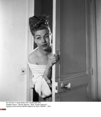 "France : Simone Signoret - Book ""Cinema Indiscret"""