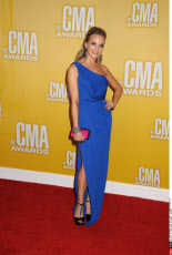 TN: 46TH ANNUAL CMA AWARDS - ARRIVALS