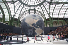 PARIS ready-to-wear Fashion show: Chanel