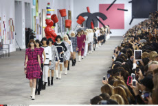 Chanel ready-to-wear Spring Summer 2014 fashion show