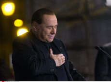 Silvio Berlusconi expelled from parliament: official, 27/11/2013.