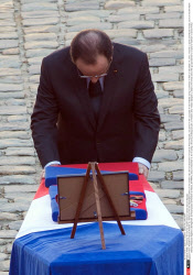 PARIS:  Ceremony for the two soldiers died on Central African Republic