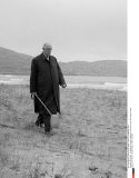 IRELAND:  De Gaulle & his wife walking on the beach near Derrishame House