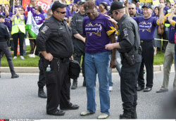 DC: SEIU PRESIDENT AND DANNY GLOVER ARRESTED
