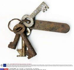 Keys to Titanic's binocular boxes, which could have saved the doomed ship, sold for